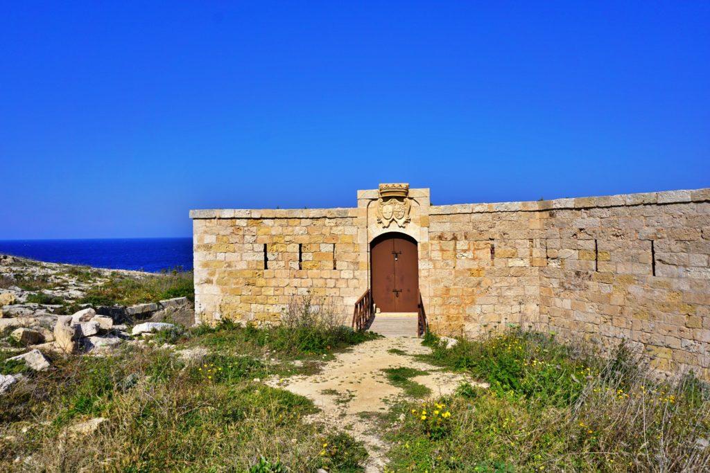 Trasa spacerowa na Gozo - okolice Hondoq Bay